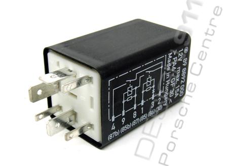 fuel pump relay / dme relay  porsche 924s / 944 / 964 / 968 / 993