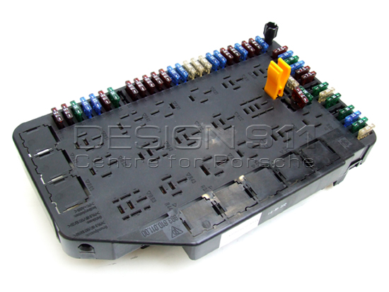 porsche 993 1995 98 fuse box and relay carrier 993610011008 rh design911 co uk carrier fuse bad carrier fuse bad